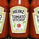 QR-код на бутылке кетчупа Heinz ведет на порносайт