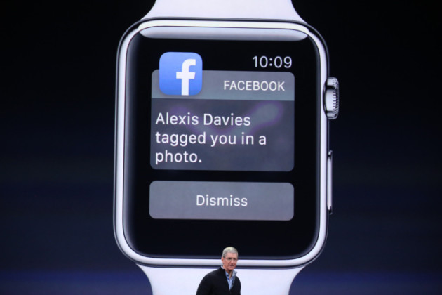 apple-watch-facebook