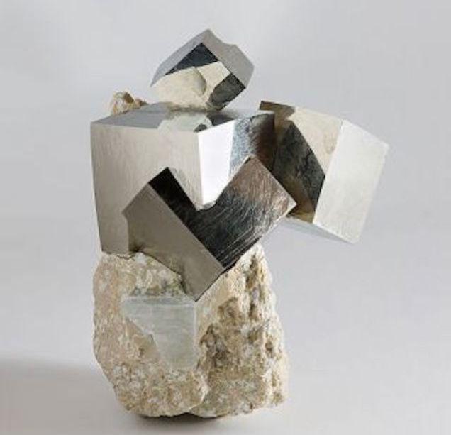 Кубики золота дураков, созданные природы