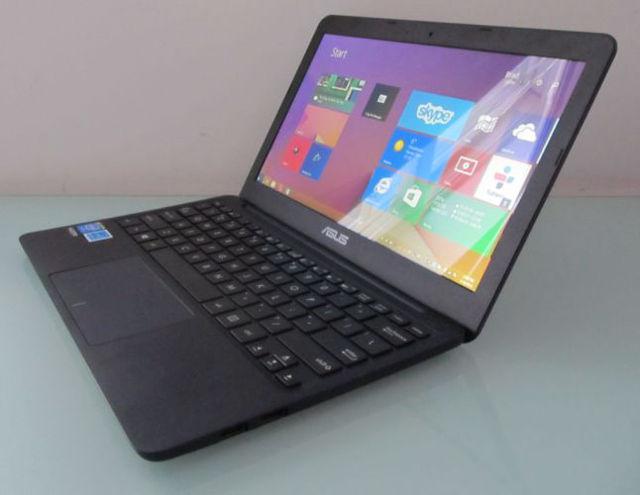 ASUS-EeeBook-X205TA